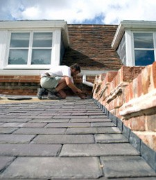 Replacing missing slates on a roof